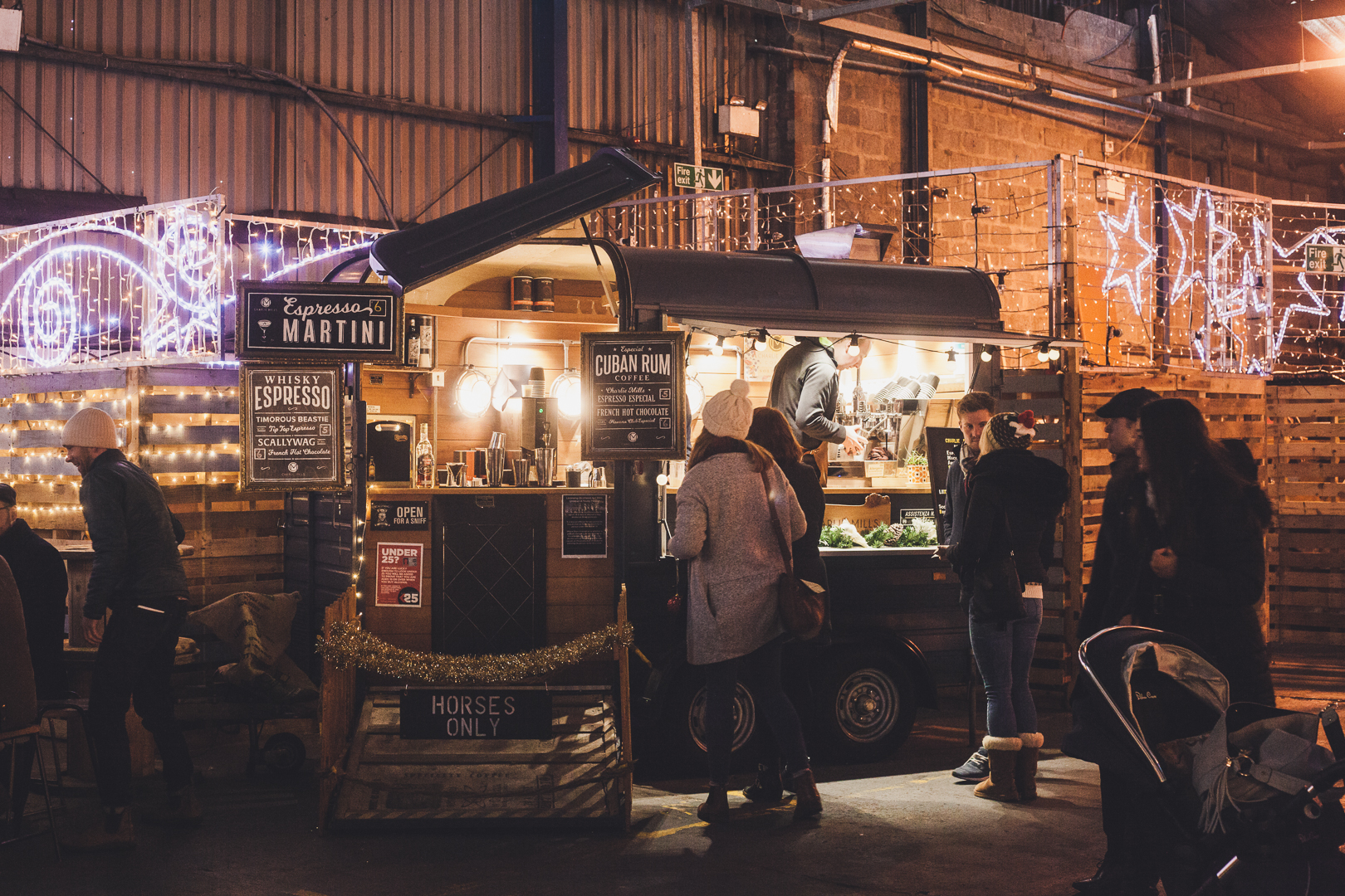 When it comes to quick, delicious street food, nothing beats a proper food market! The Big Feed Street Food Market in Glasgow gathers the best street food vendors from around Scotland and many of the stalls have delicious vegan options available!