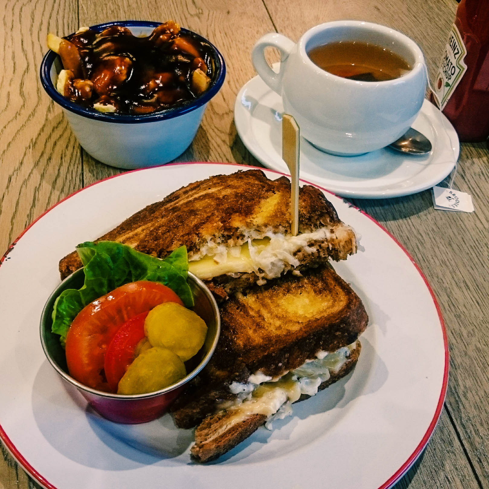 Veganuary is all about trying new things, making more conscious decisions about what to eat and experiment with foods that most people consider only to be side dishes. Here are 15 vegan restaurants in Glasgow you should try this Veganuary to see that it is actually easy and tasty to be a vegan in Glasgow!