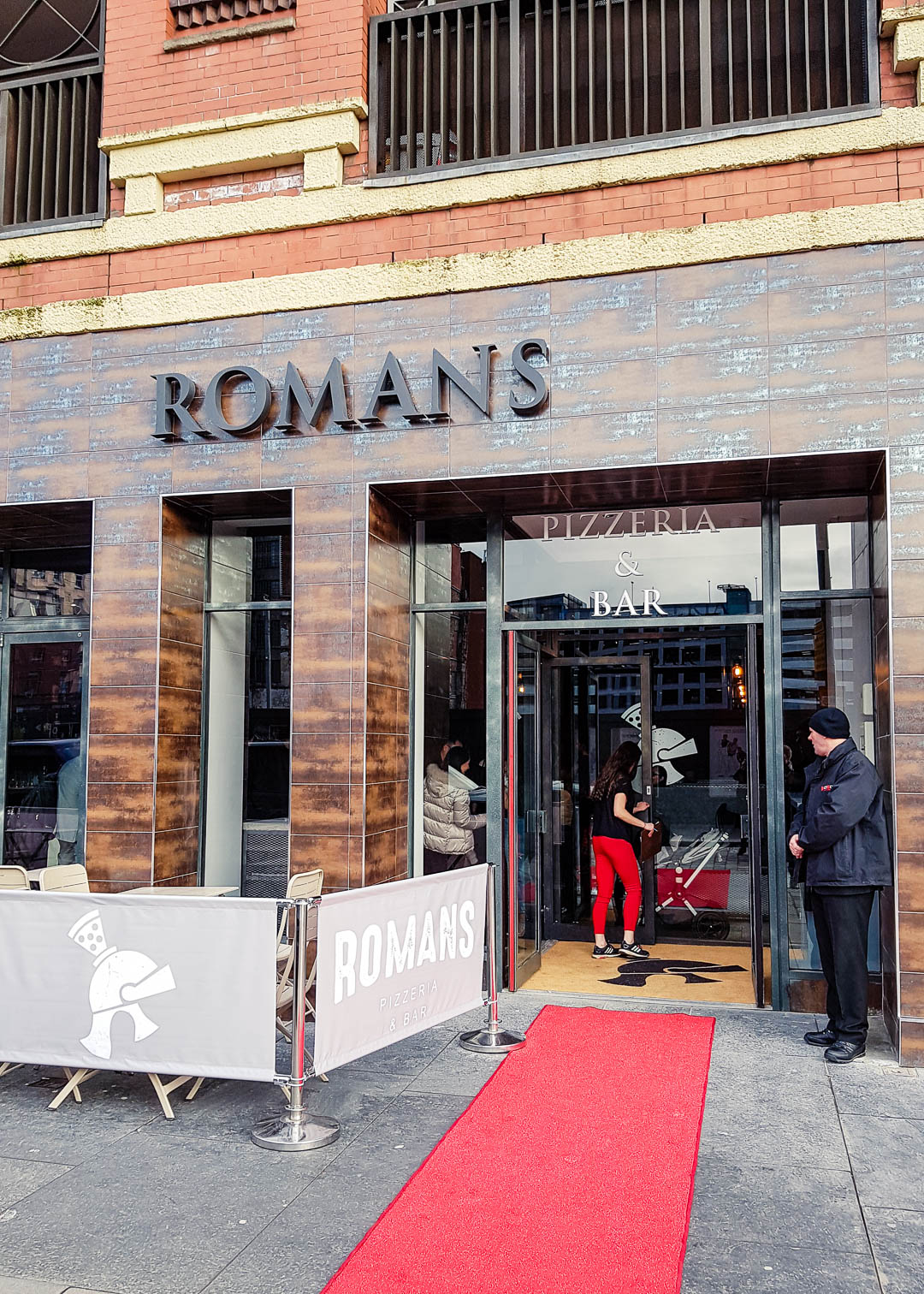 The entrance to the new vegan-friendly restaurant Romans Pizzeria Glasgow.
